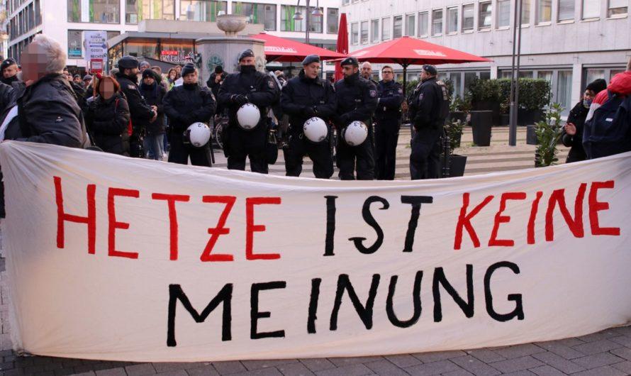 Erneut rechtsextremer Infostand am Hanns-Hartmann-Platz