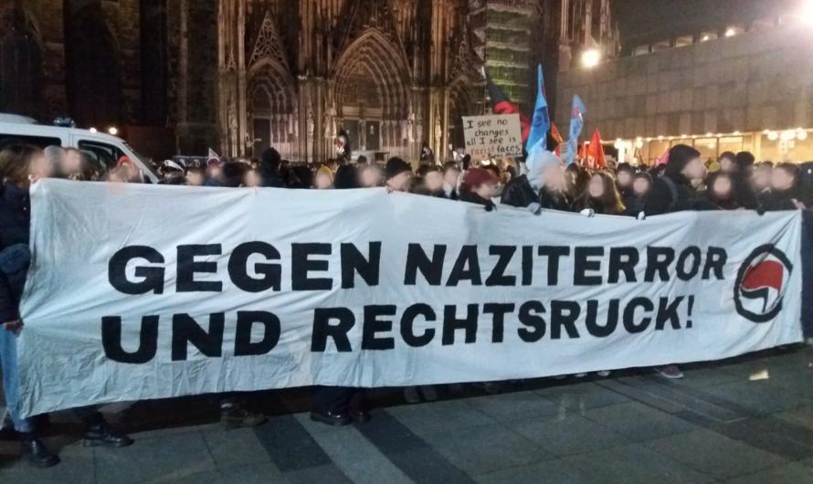 Über 4000 Menschen demonstrieren in Köln gegen rechten Terror