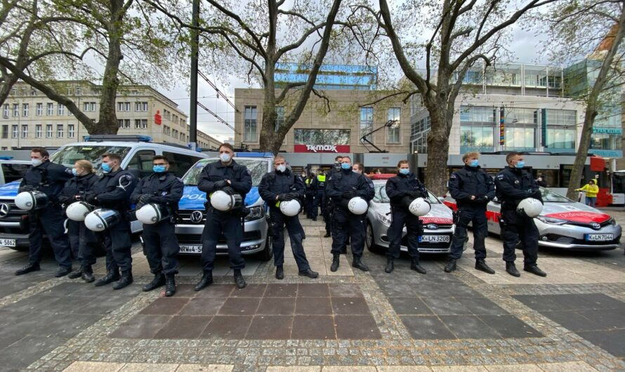 250 Menschen demonstrieren gegen geplantes NRW-Versammlungsgesetz